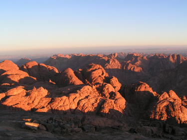 image of the mountains of Sinai