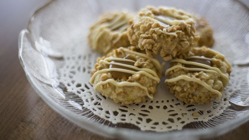 Gluten Free Caramel Cashew Thumbprint Cookies
