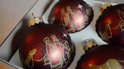 Christmas tree ornaments with a depiction of three wise men.