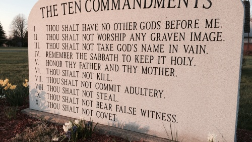 Ten Commandment monuments in Ohio.