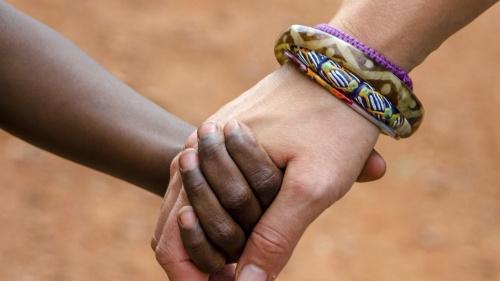 Handing holding