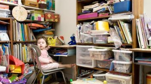 Cluttered Homes, Cluttered Minds
