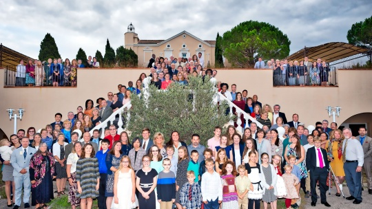 Group photo of those who attended the Feast in 2016.