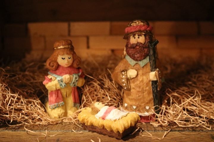 Baby in the manger carving.