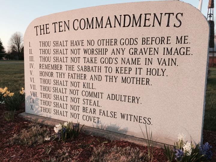 Ten Commandment monuments in Ohio.