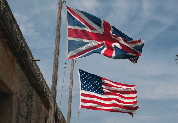 A United States and Great Britain flag.