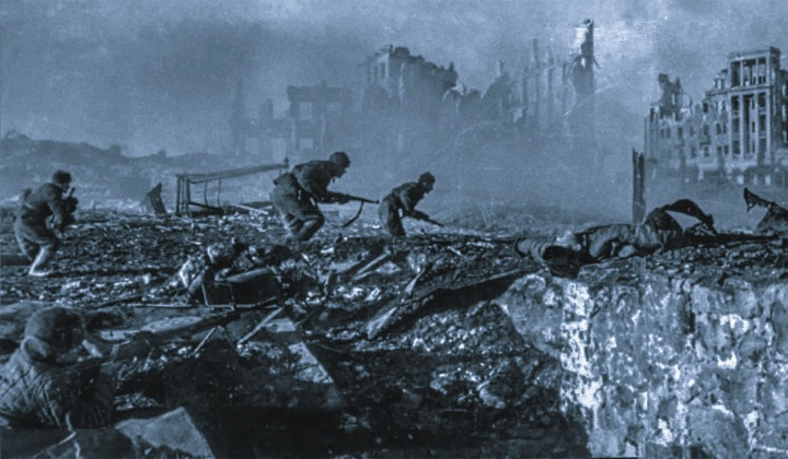 Soviet soldiers fighting in the rubble of Stalingrad, February 1943.