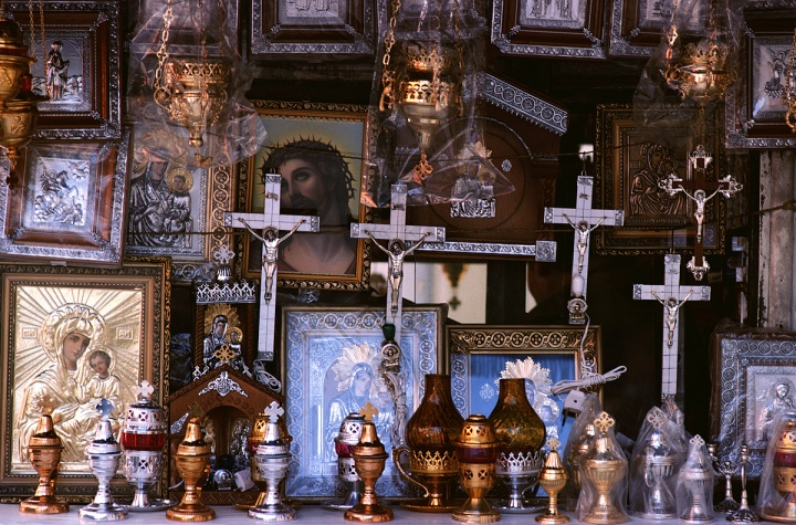 A bunch on religious trinkets.