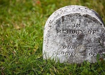 An old tomb stone.