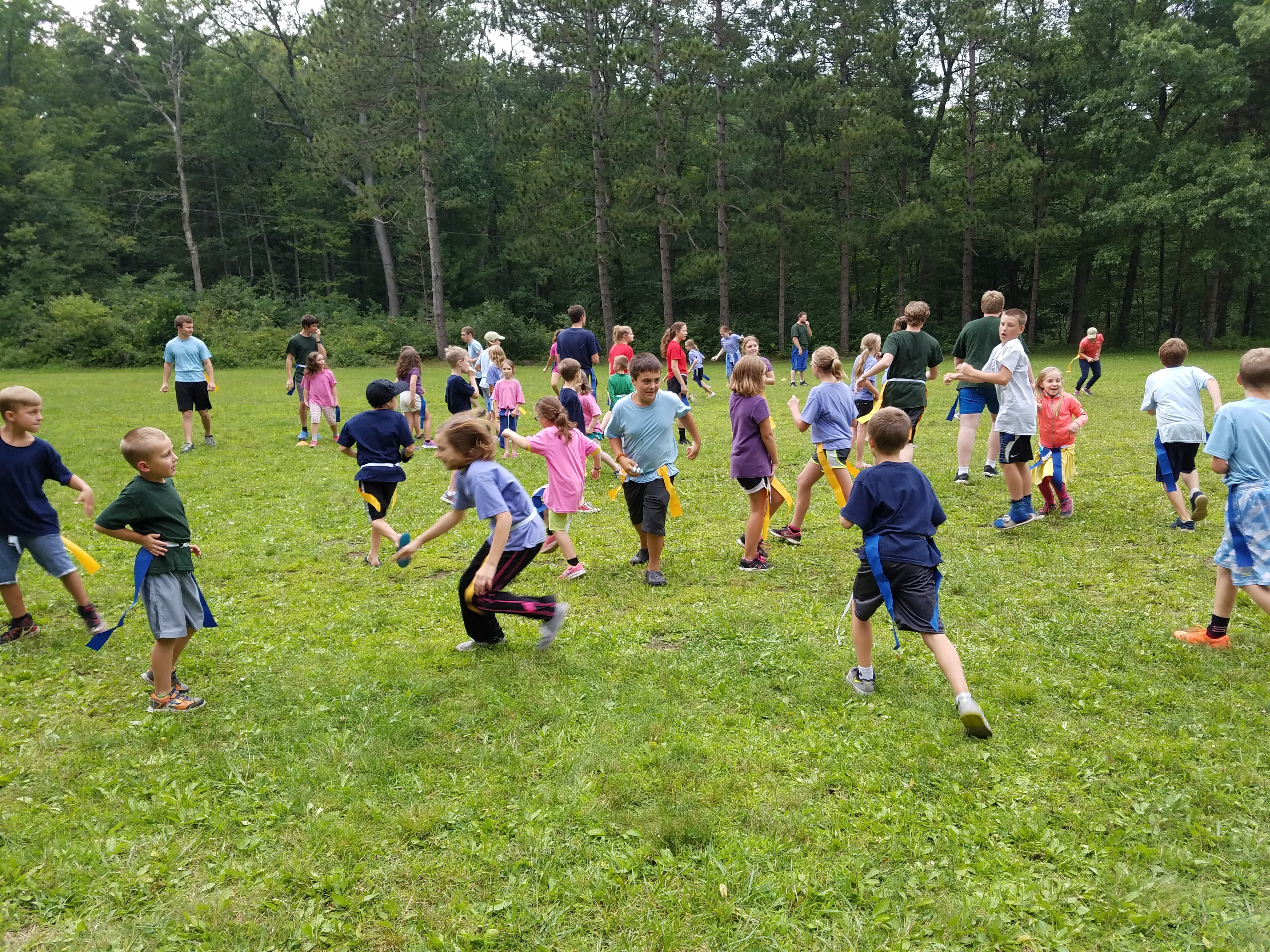 Campers playing a game at preteen camp Seven Muontains.