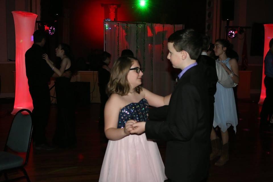 Teens dancing at the 2017 formal!