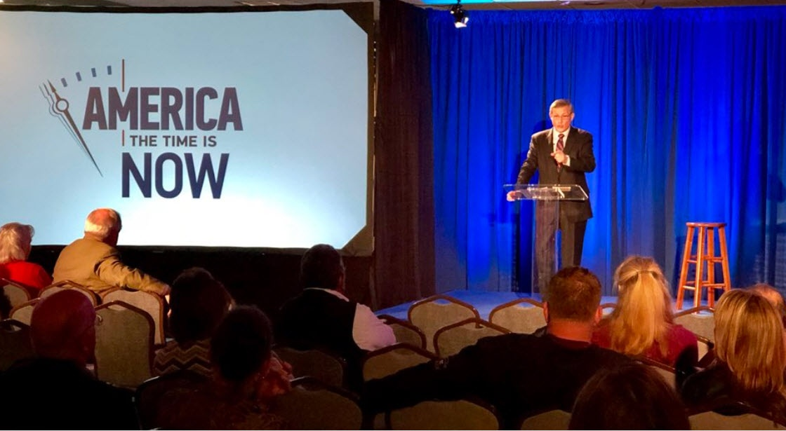 "Gary Petty presenting ""America: The Time is Now"" seminar."